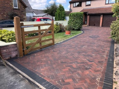 Brindle Driveway With Charcoal Border in Taunton