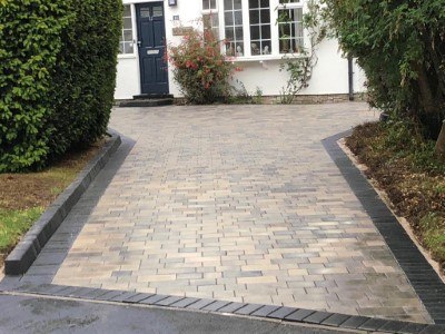 Tegula paved driveway using bracken colour